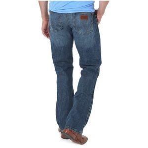 Wrangler Retro Slim Fit Bootcut Jean